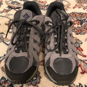 Worn Once Columbia Woman's Redmond Hiking Shoe